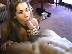 Big titty babe with gorgeous eyes hotel room sex