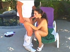 Slender latin street hooker getting fucked hardcore outdoors