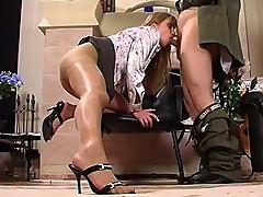 Diana&Lesley naughty pantyhose action